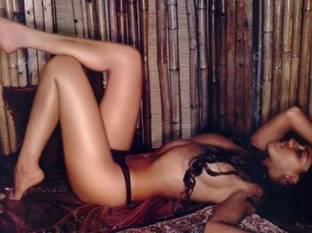 Quepasardnet Ana Claudia Talacón Se Desnuda Sin Prejuicios